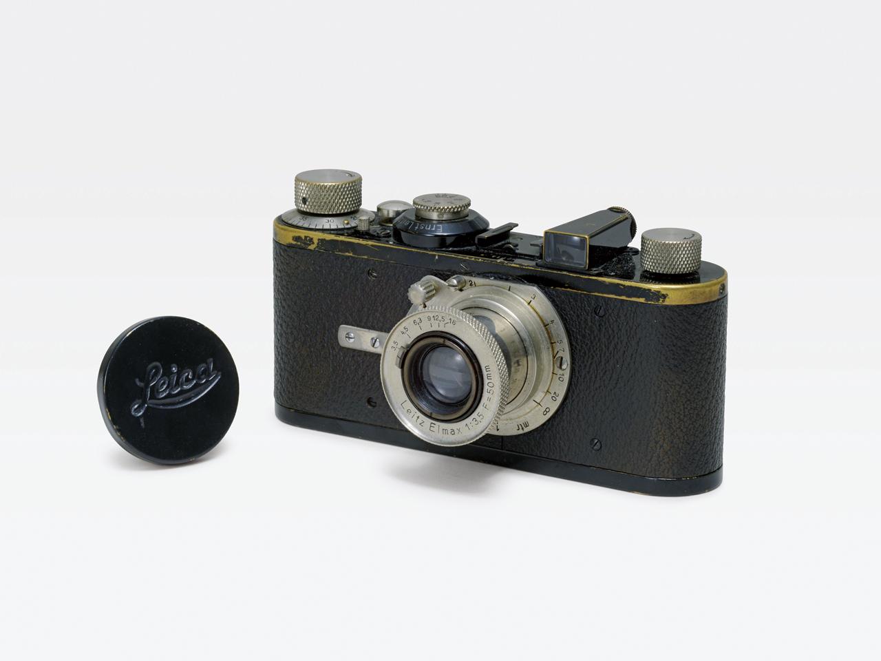 Lot.771 Leica Ⅰ(A) H6.6×W13.5×D4.3cm レンズ:エルマックス 50mm F3.5 シリアルナンバー714 落札予想価格¥1,000,000.~¥1,500,000.
